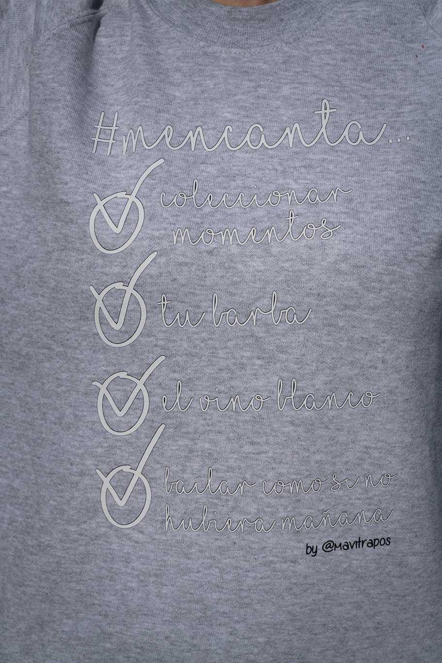sudadera personalizada diseñada por blogger #mencanta