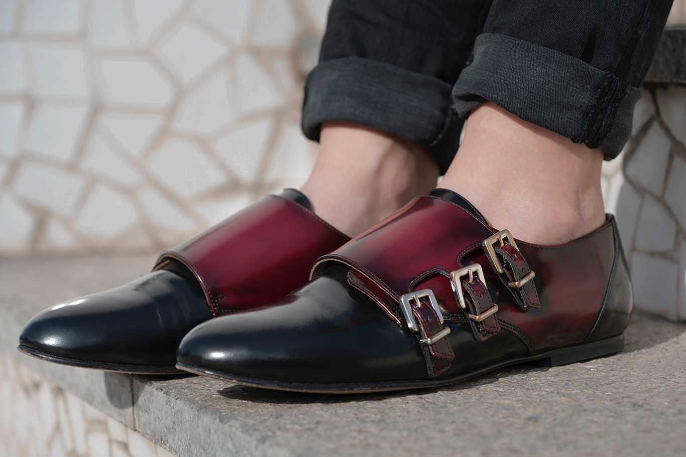 Zapatos MyBlüchers Monks con tres hebillas