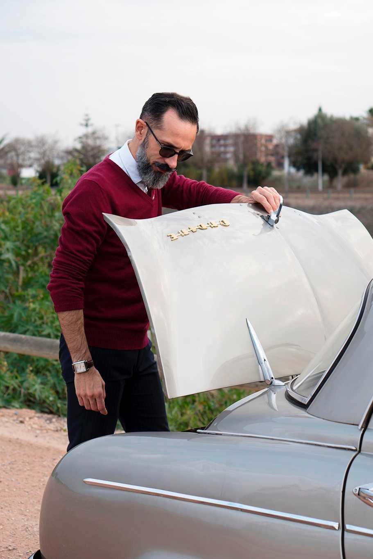 blogger de moda y elegancia masculino