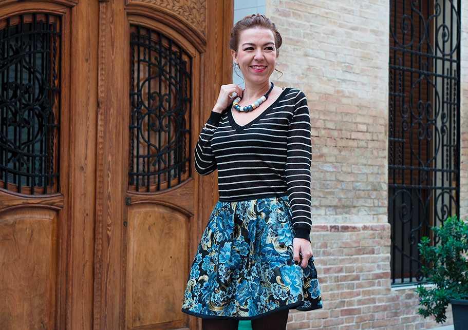 conjunto falda con tela de valenciana