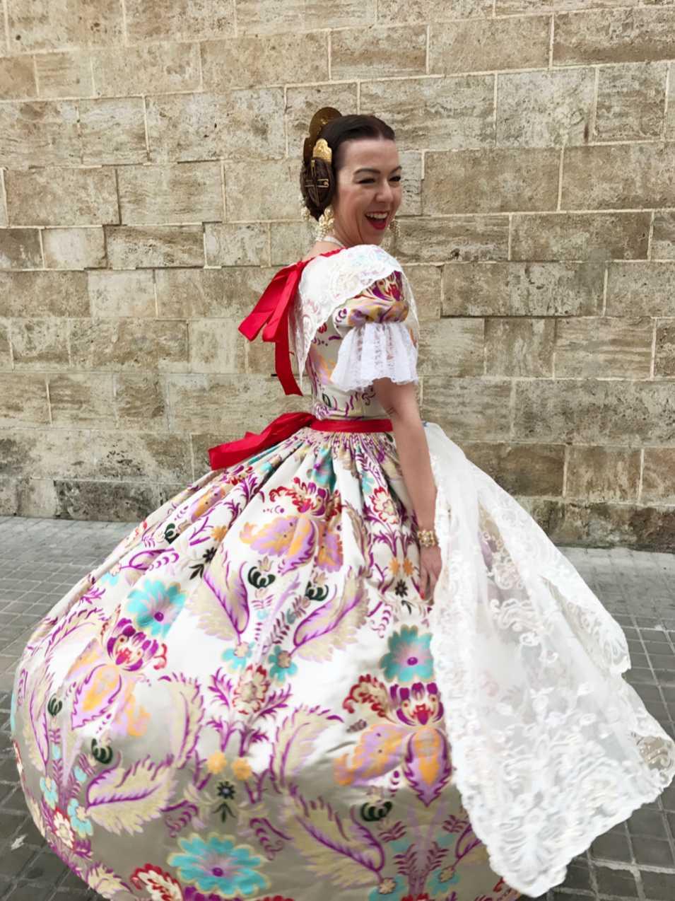 traje de Valenciana
