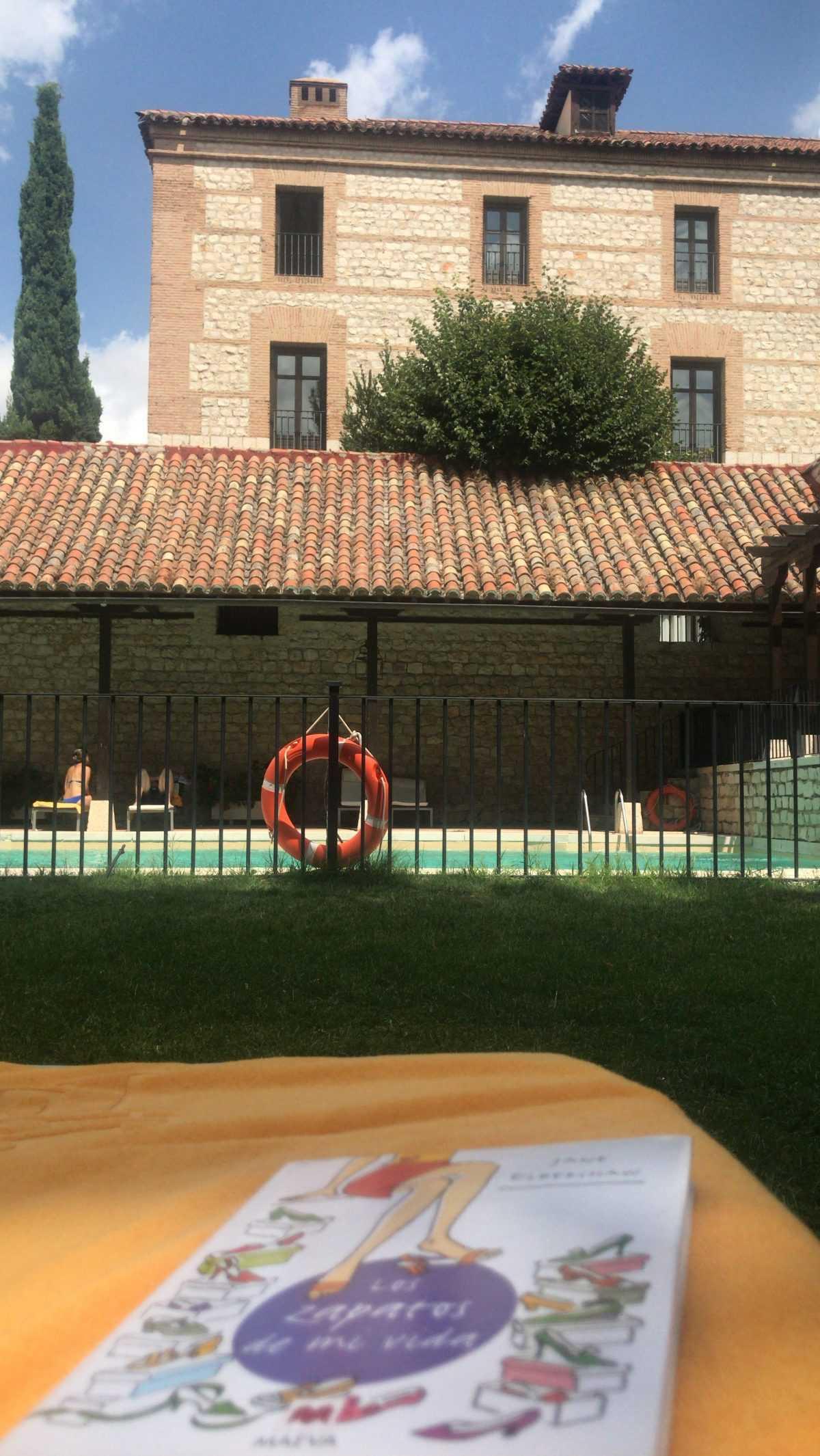 piscina parador
