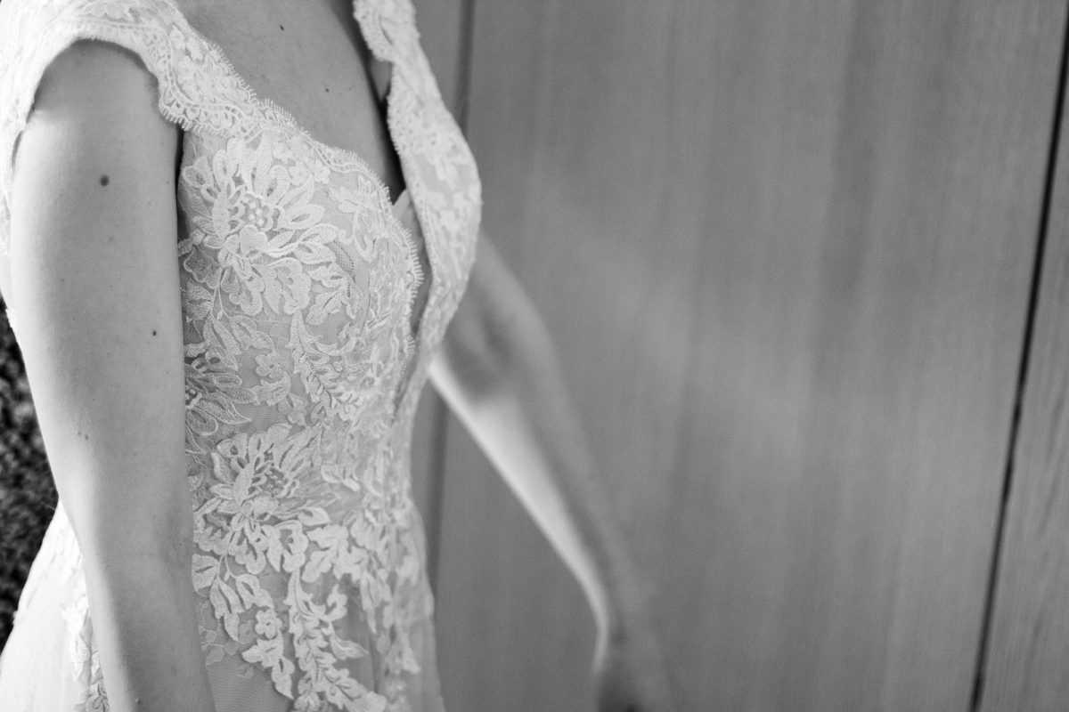 Detalle del vestido novia