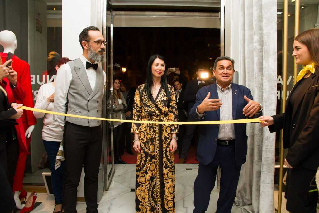 inauguración tiendas es fashion