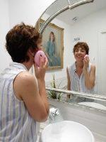Limpieza facial en profundidad en casa.