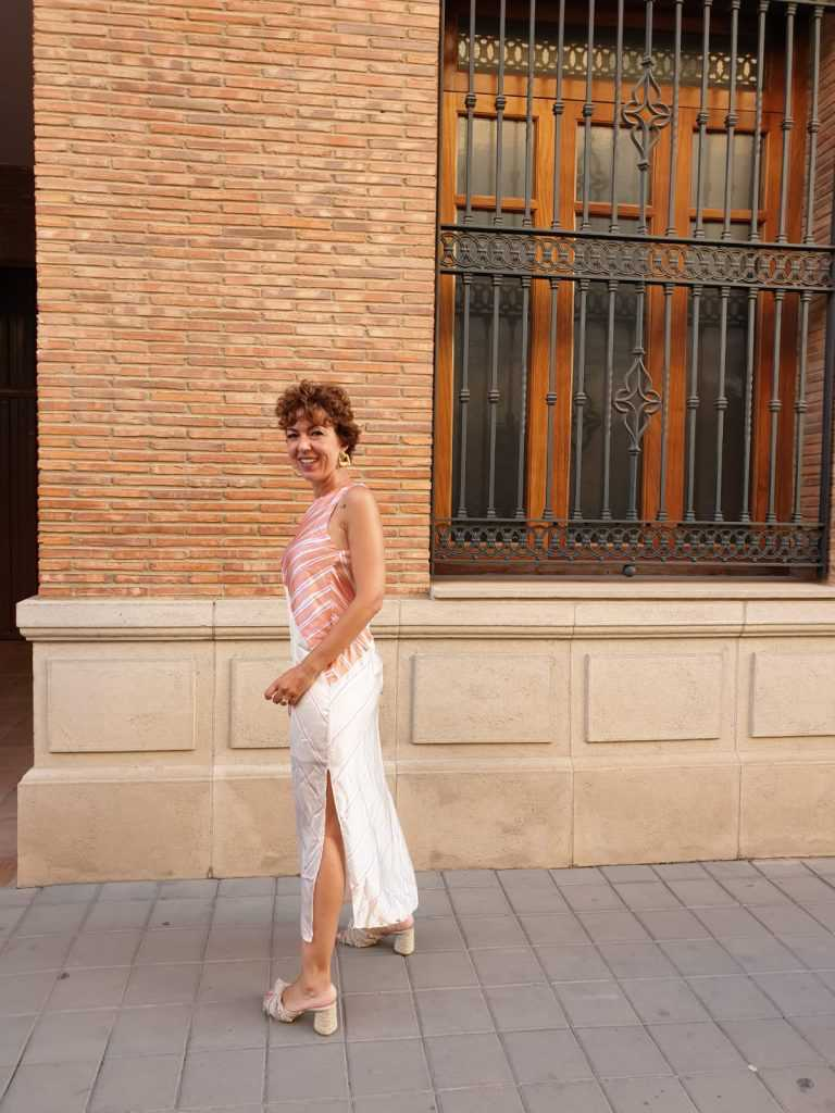 vestido raja pierna vestido de satén