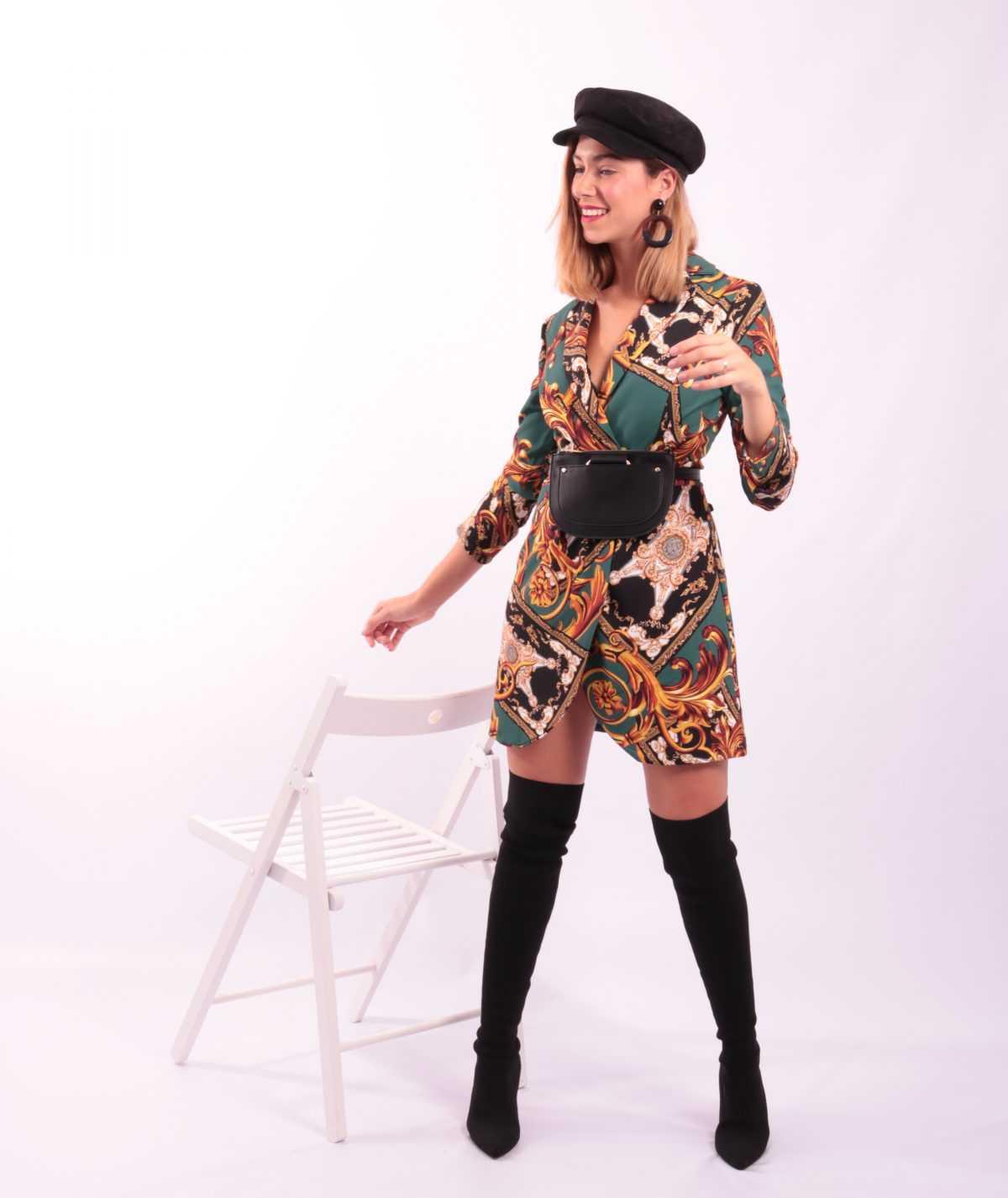 vestido con estampado barroco